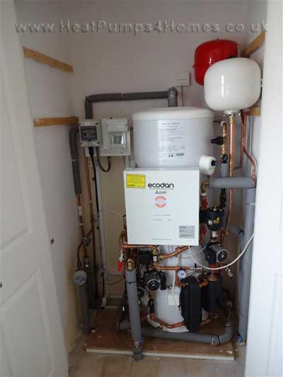 5kw-mitsubishi-ecodan-after-installation-pic1.JPG