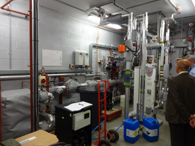 southend hospital heat pump installation